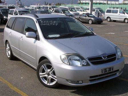 Toyota Corolla Fielder 2000 - отзыв владельца