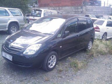 Toyota Corolla Spacio, 2004