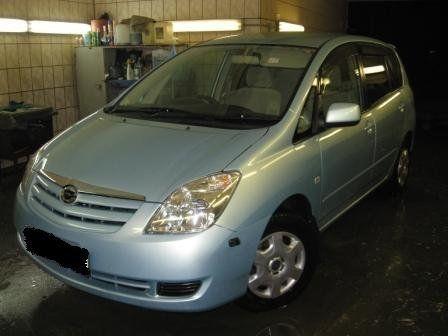 Toyota Corolla Spacio 2003 - отзыв владельца