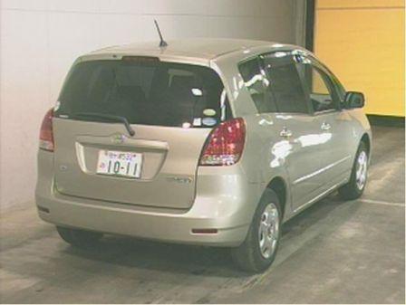 Toyota Corolla Spacio 2006 - отзыв владельца