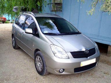 Toyota Corolla Verso, 2002