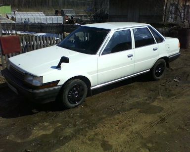 Toyota Corona, 1983