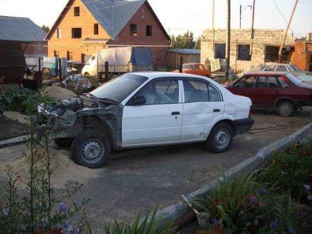 Toyota Corsa 1996 - отзыв владельца