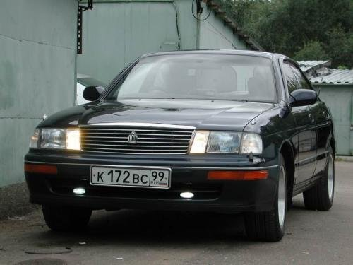 генератор для toyota crown 1995