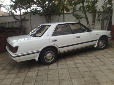 Toyota Crown, 1989
