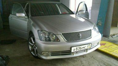 Toyota Crown, 2004