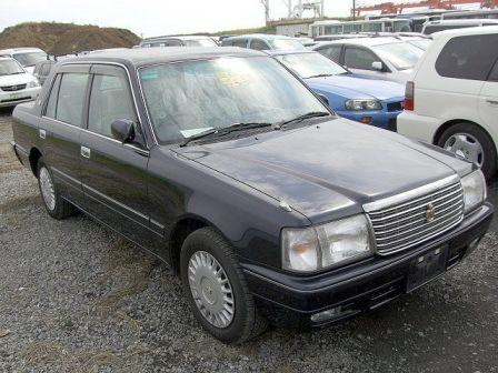 Toyota Crown 2003 - отзыв владельца