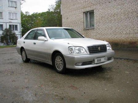 Toyota Crown 2002 - отзыв владельца