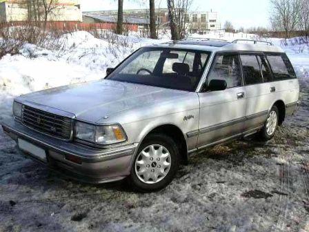Toyota Crown 1995 - отзыв владельца