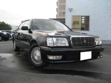 Toyota Crown Majesta, 1999