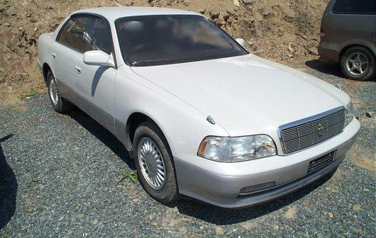 Toyota Crown Majesta 1993 - отзыв владельца