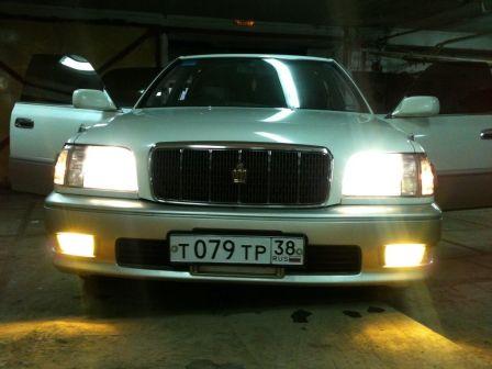 Toyota Crown Majesta 1998 - отзыв владельца