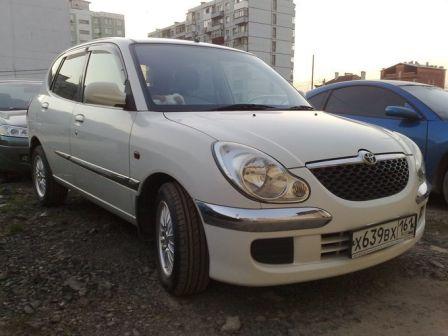 Toyota Duet 2003 - отзыв владельца