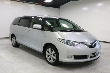 Toyota Estima, 2008