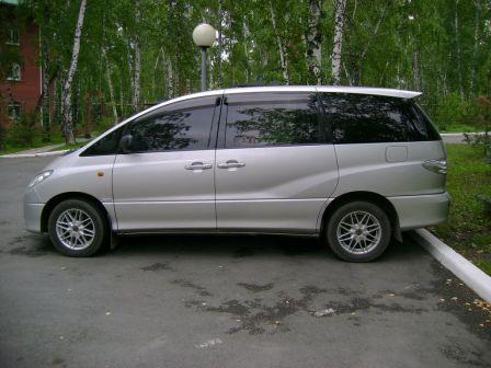 Toyota Estima 2003 - отзыв владельца