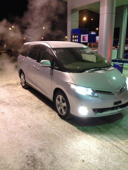 Toyota Estima 2009 - отзыв владельца