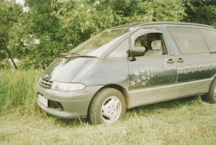 Toyota Estima Lucida 1995 - отзыв владельца