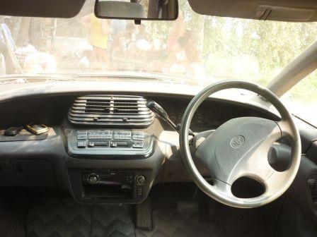 Toyota Estima Lucida 1992 - отзыв владельца