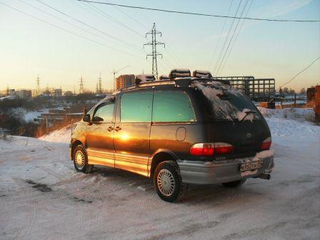 Toyota Estima Lucida 1997 - отзыв владельца