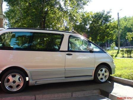 Toyota Estima Lucida 1999 - отзыв владельца