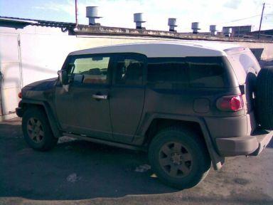 Toyota FJ Cruiser 2007 отзыв автора | Дата публикации 21.11.2007.