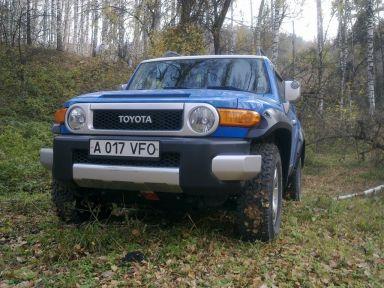 Toyota FJ Cruiser 2007 отзыв автора | Дата публикации 29.11.2011.