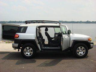 Toyota FJ Cruiser 2007 - отзыв владельца