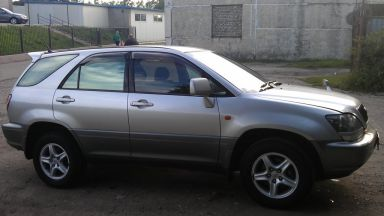 Toyota Harrier, 1999