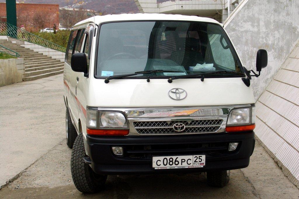 фургон toyota hiace, 1998 отзывы