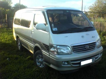 Toyota Hiace 1999 - отзыв владельца