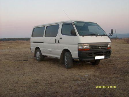 Toyota Hiace 2002 - отзыв владельца