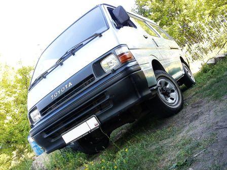 Toyota Hiace 1992 - отзыв владельца