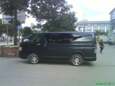 Toyota Hiace 2006 - отзыв владельца