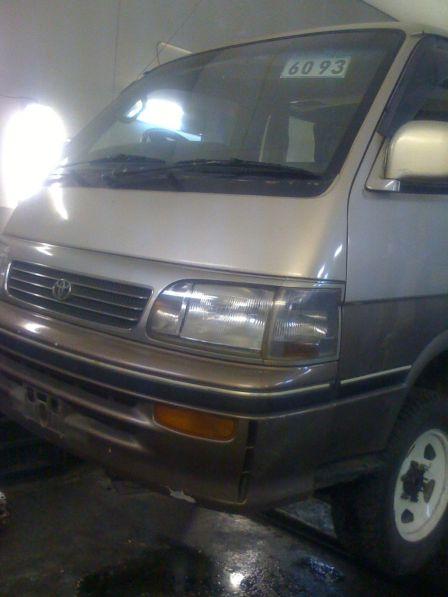 Toyota Hiace 1996 - отзыв владельца