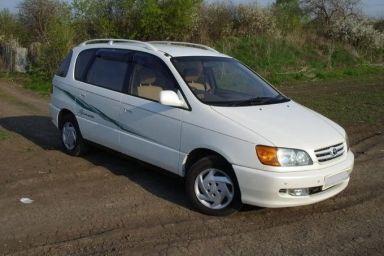 Toyota Ipsum, 1999
