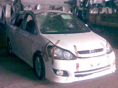 Toyota Ipsum 2005 отзыв автора | Дата публикации 28.09.2009.