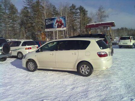 Toyota Ipsum 2006 - отзыв владельца