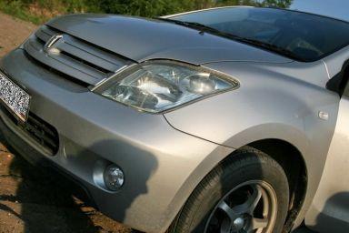Toyota ist, 2002