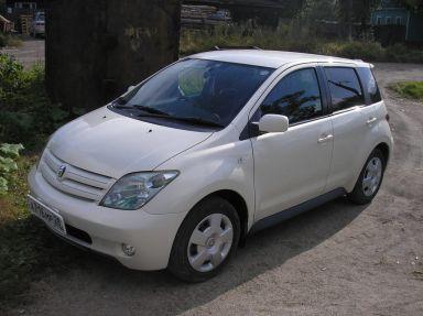 Toyota ist, 2003