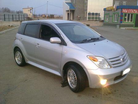 Toyota ist 2006 - отзыв владельца