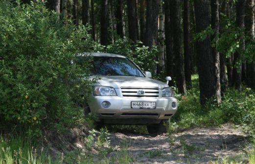 Toyota Kluger V 2004 - отзыв владельца