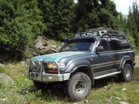 Toyota Land Cruiser 1992 - отзыв владельца