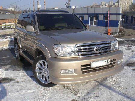 Toyota Land Cruiser 2006 - отзыв владельца