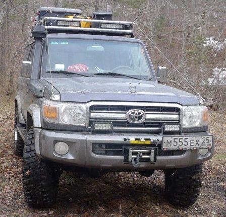 Toyota Land Cruiser  - отзыв владельца