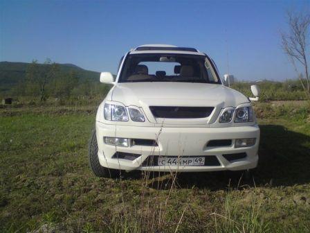 Toyota Land Cruiser Cygnus 1999 - отзыв владельца