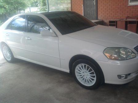 Toyota Mark II 2002 - отзыв владельца