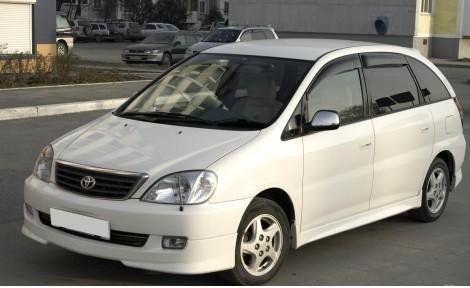 Toyota Nadia 2002 - отзыв владельца