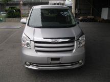 Toyota Noah, 2009