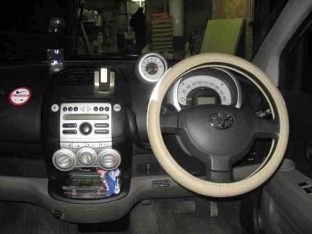 Toyota Passo 2004 - отзыв владельца