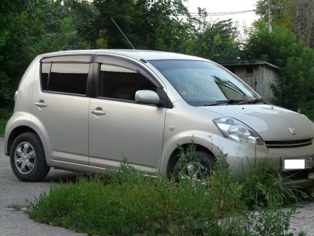 Toyota Passo 2005 - отзыв владельца